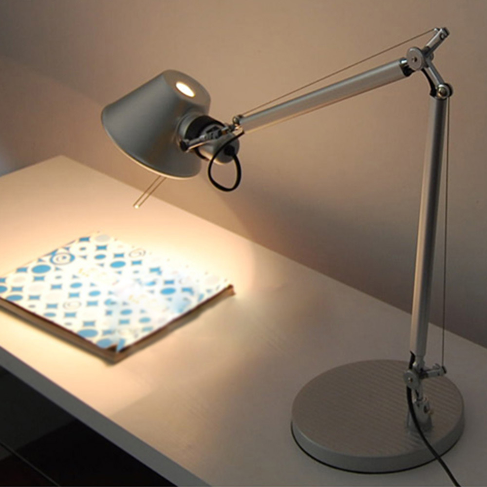 Brief Fashion Decorative Office Study Foyer Table Lamp Soft Lights