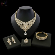 YULAILI 2018 High Quality Party Costume Zinc Alloy Gold Color CZ Stone Ladies 4pcs Jewelry Set