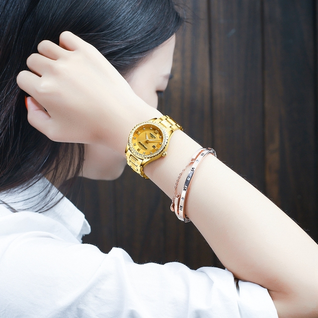 Luxury Gold Quartz Couples Wristwatch Set 4