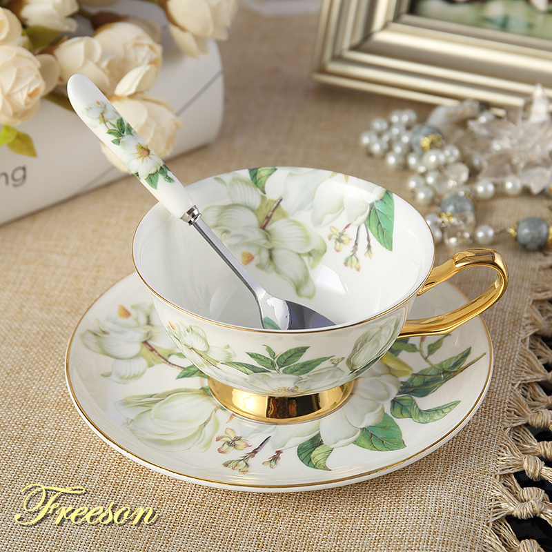 Elegante Kamelie Bone China Teetasse Untertasse Löffel Set 200 ml Pastorale Erweiterte Porzellan Kaffeetasse Teatime Keramik Teetasse