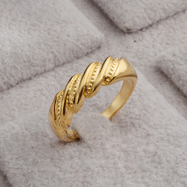 JEEXI New Woman Bridal Wedding Rings Fashion Bands Style Simple ...