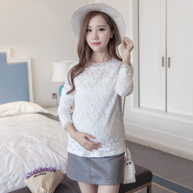 bcb36f81e39d69 Winter Lace Maternity Top long-sleeve winter black white maternity basic  shirt short design plus velvet maternity shirt