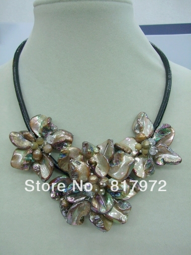 Glamour Woman Handmade shell slice Knit three Beautiful Flower Bib Pendant Chain Necklace Chunky Hide Rope Gift