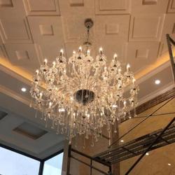 Svitz 45 sztuk Led jasne crystal light wiszący żyrandol lustre dla kościoła hotelu duża nowoczesne żyrandole ledowe Pendientes Luz w Żyrandole od Lampy i oświetlenie na