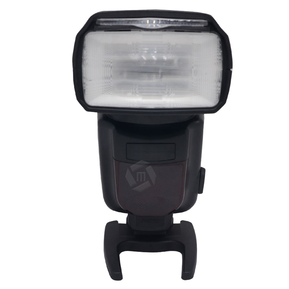 TRIOPO TR-950 Universal Mount Flash Speedlite for Nikon D7000 D5100 D5000 D3100 D3000 D800 D600 D90 D70 D60 vs yn-560 пенни борд hubster cruiser 22 metallic purple