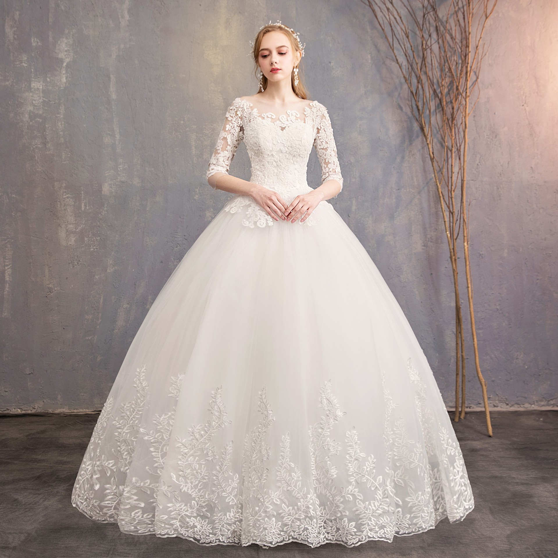 2019 New Arrival EZKUNTZA Half Sleeve Wedding Dress Lace Ball Gown Princess Simple Wedding Gown Bride Dress Vestido De Noiva