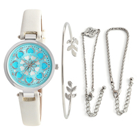 2019 Luxury Brand Women Watches set gift jewelry Personality romantic Wrist Watch Leather Rhinestone Designer Ladies Clock