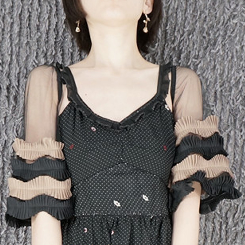 Mysterious Black Lace Fake Sleeves Decorated Fake Sleeve Decorated Cuffs Pearl Original Design Wooden Ear Multilayer Arm Cuffs