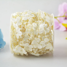 A Roll 30 Meters Fishing Line White Beige Pearl Beads Garland 4mm String With Flower Petal Christmas Home Decoration