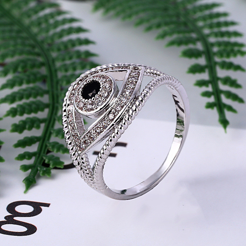 New Fashion Black CZ Crystal Stone Rings Eye Shape For Women Silver Color Hollow Eye Shape Finger Ring Party Accessories Gift in Wedding Bands from Jewelry Accessories
