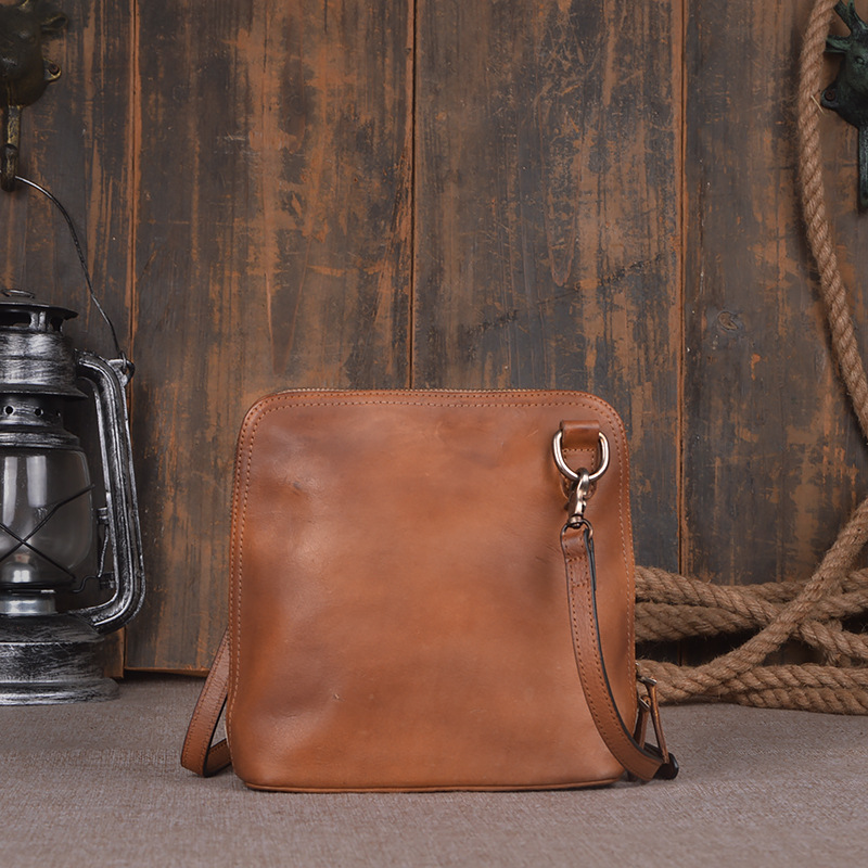 2016 New vintage small brown real genuine leather women messenger handbags female casual retro ladies cross body shoulder bags women vintage handbags ladies tote cross body shoulder messenger england