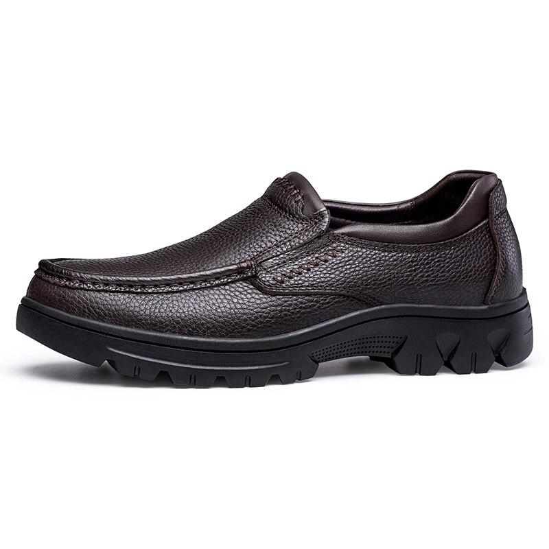 本革シューズメンズプラスサイズ男性にスリップローファーモカシン最高品質の屋外男性靴  グループ上の 靴 からの メンズカジュアルシューズ の中 2