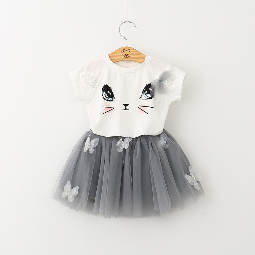 Look at the color and design of the girl's unique clothes, T-shirts and short skirts two sets, limited sale, new children's suit