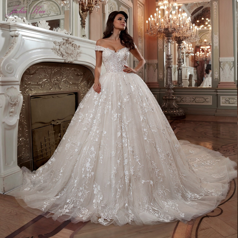 Wedding Ball Gowns Sweetheart Neckline: Julia Kui New Arrival Ivory Color Chapel Train Ball Gown