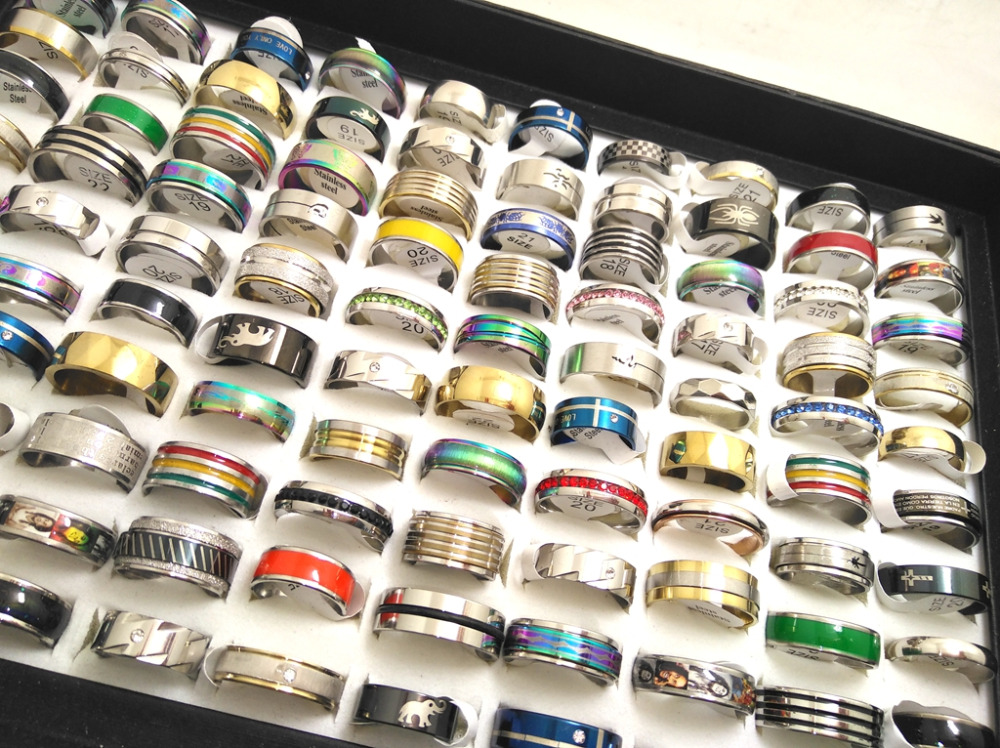 100pcs Top Mix lot Wholesale Stainless Steel Rings Men Women Fashion Jewelry