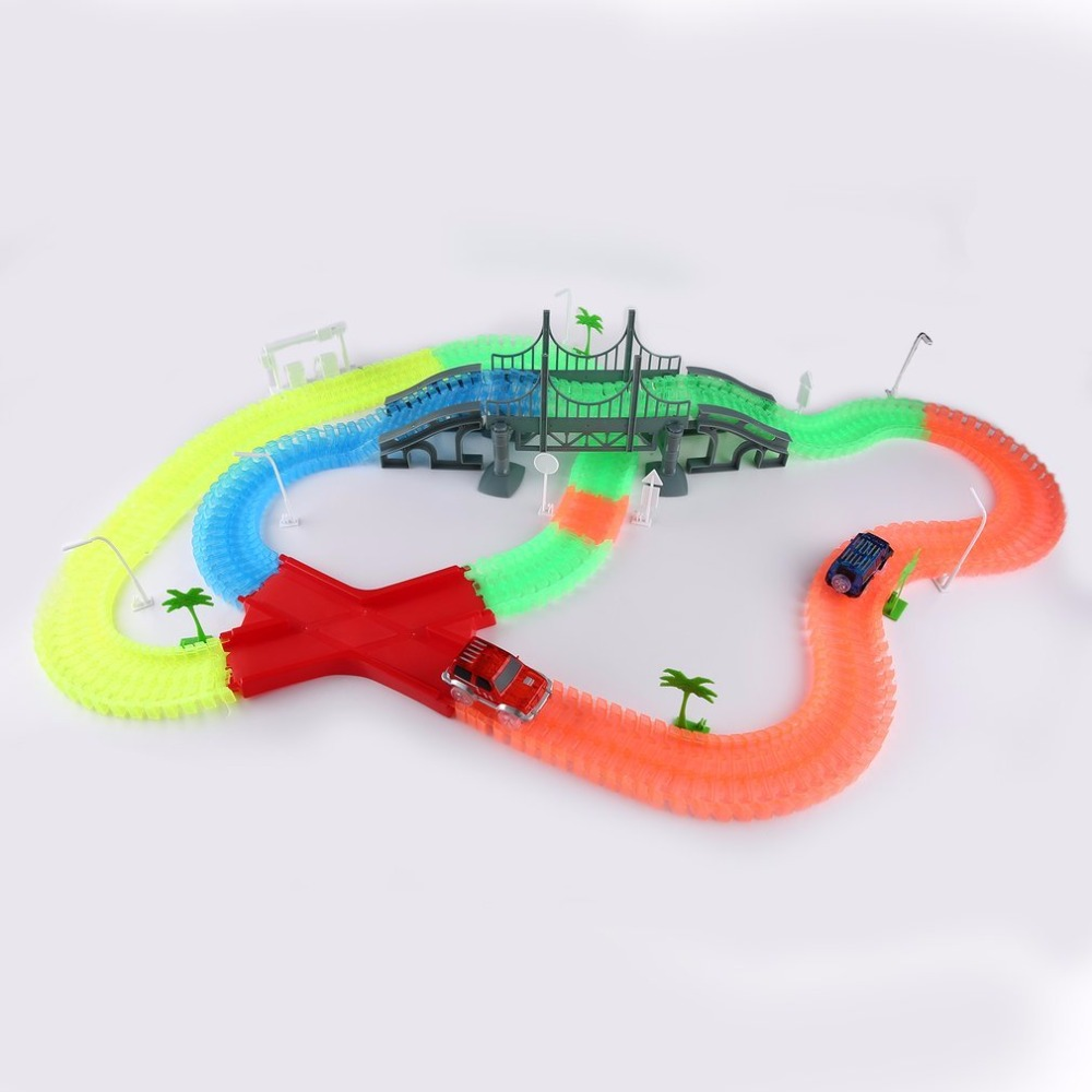 360pcs/set Luminous Track Rail And Two LED Flashing Light up Race Cars Toys Roller Electronics Rail Car Toys Kids Boy Gift Hot цены онлайн
