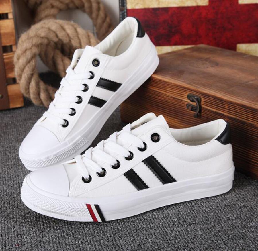 New Low cut Couple Canvas Shoes Korean Version of the Tide Shallow Mouth Flat  Casual Student Shoes