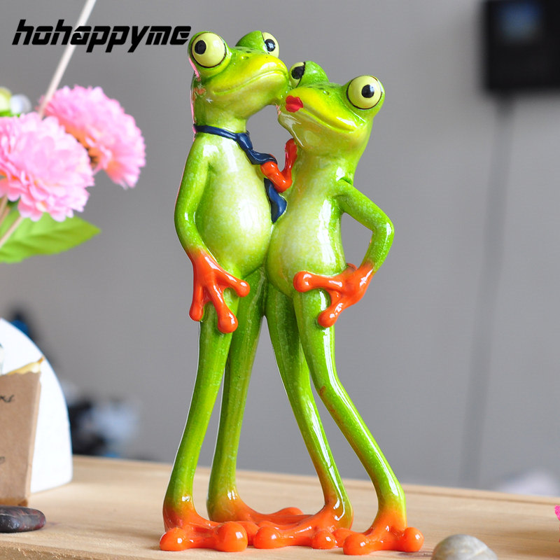 Creative Innovative Products 2017 New Interesting Resin Frog Novelty Gifts Loving Couple Figurine Creative Innovative Products ...
