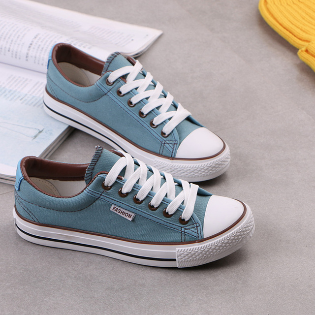 2016 hot Sponge mouth to help low canvas shoes women Classic casual canvas shoes multicolor Three high-quality vulcanized shoes