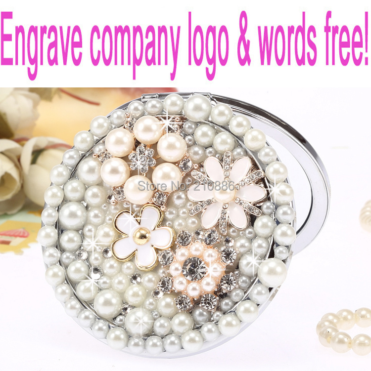 Gravieren Sie Wörter Logo frei, Hochzeitsfeier Brautjungfer Geschenk, bling Perle Kristallblume, Mini Beauty Pocket Make-up kompakt Spiegel Make-up