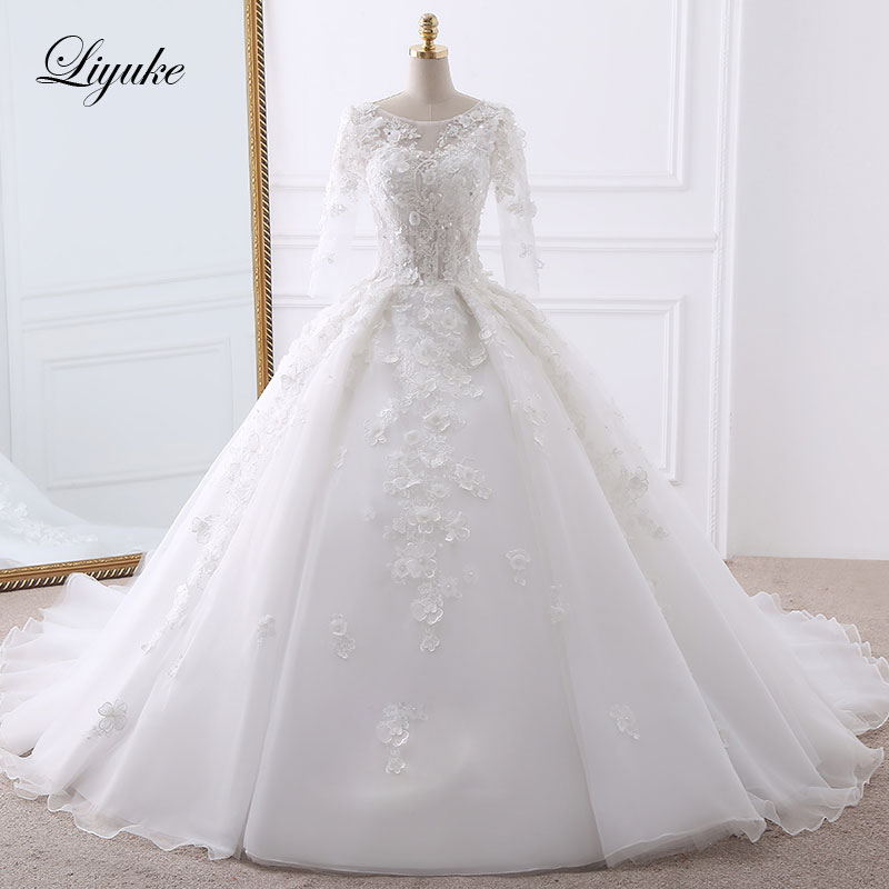Luxurious Appliques Tulle O Neck Ball Gown Wedding Dress Beading Pearls Chapel Train Three Quarter Sleeves