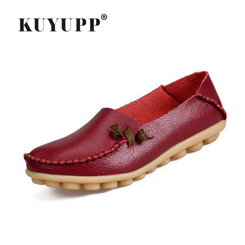 KUYUPP Soft Leather Women's Shoes Casual Loafers Driving Moccasins Flats Shoes Slip-on Fashion Round Toe Mother Shoes YDT07 branded men s penny loafes casual men s full grain leather emboss crocodile boat shoes slip on breathable moccasin driving shoes