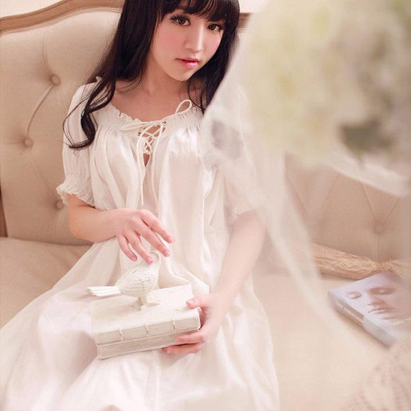 Femmes longue Vintage chemise de nuit robes de maison pour dormir dames Sexy dentelle été mince vêtements de nuit dames blanc chemise de nuit salon