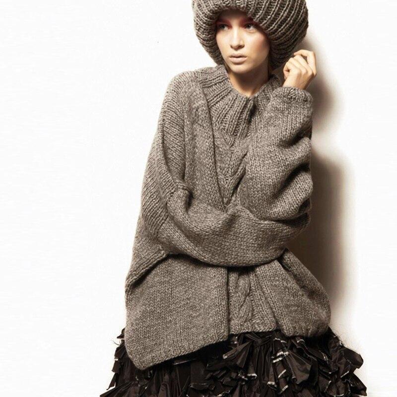 Свитер с круглым вырезом в европейском и американском стиле свободного размера плюс, вязаная одежда, толстое однотонное пальто, модное женское осенне зимнее пальто средней длины