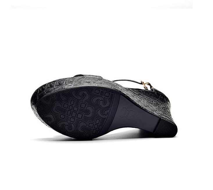 XGRAVITY 2019 mujer bombas verano señora moda sandalias de cuña elegante cuero genuino negro zapatos de plataforma vestido tacones altos A020