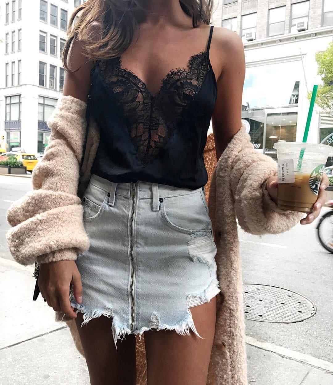 18 Women Sexy Lace Vest Blouse Deep V Neck Blouse Summer Fashion Sleeveless Shirt Female Backless Tops 6
