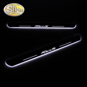 Image 2 - SNCN 4PCS רכב LED דלת אדן לפורד פוקוס 2 3 4 MK2 MK3 MK4 אקריליק דקה דינמי LED בברכה אור שפשוף צלחת דוושה