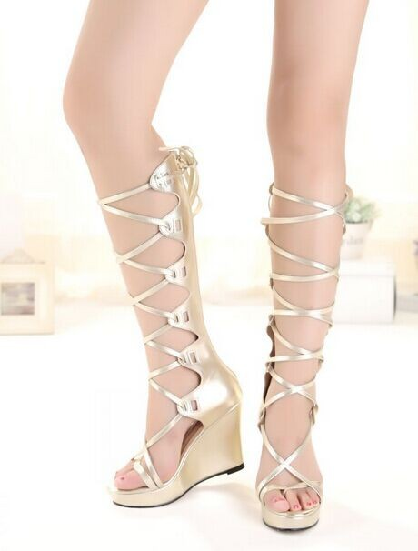 Здесь можно купить  2017  Arrivals Knee High Wedges Gladiator Sandals Fashion Casual Platform Lace Up Black Gold Shoes For Women  Обувь