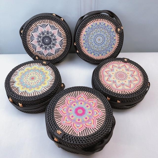 Round Straw Beach Bag Vintage Handmade Woven Shoulder Bag Raffia circle Rattan bags Bohemian Summer Vacation Casual Bags 2