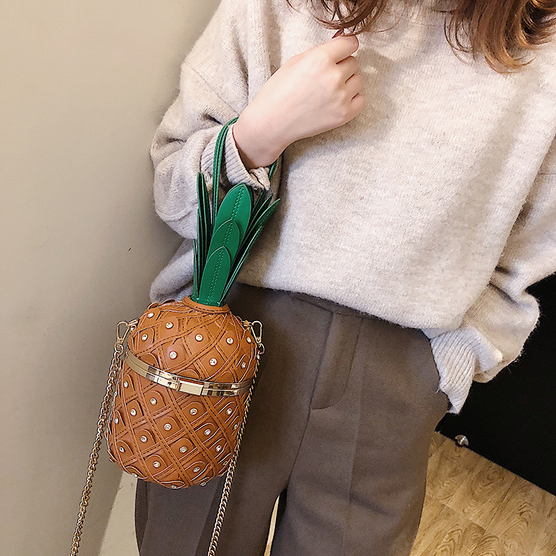 New Design High Quality Pineapple Chain Bag Korean Fashion Women Rivet Shoulder Bag Women Pesonality Crossbody