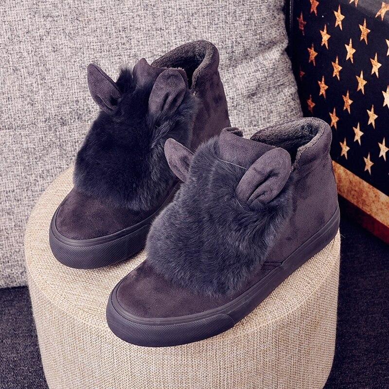 Prix pour 2017 nouveau hiver Planche À Roulettes Chaussures femmes bas chaud en peluche fourrure sport sneakers neige marche bottes zapatos de hombre dame