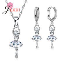 Ожерелье и серьги из серебра 925 пробы с фианитами