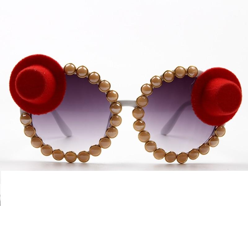 Modern Fashion Sun Glasses Women Vintage Little Red Hat Exaggerate Sungalsses Party ,Performance Unique Ladies Shades