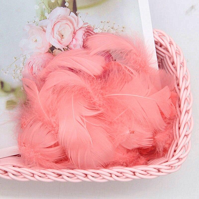 Разноцветные, 100 шт, гусиные перья, 8-12 см, гусиные перья, сценический шлейф, перья, промытый гусиный пух, пушистый шлейф для свадьбы, 3-4 дюйма