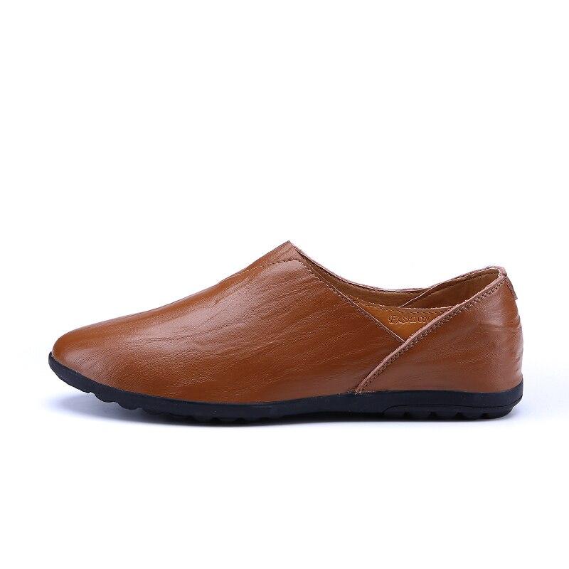 2018 Lightweight Casual Shoes Men Genuine Leather Loafers Moccasins Male Sneaker Luxury Leather Footwear Adult Boat Shoe Slip On 38 44 luxury brand designer sneaker men loafers moccasins genuine leather casual shoes male footwear