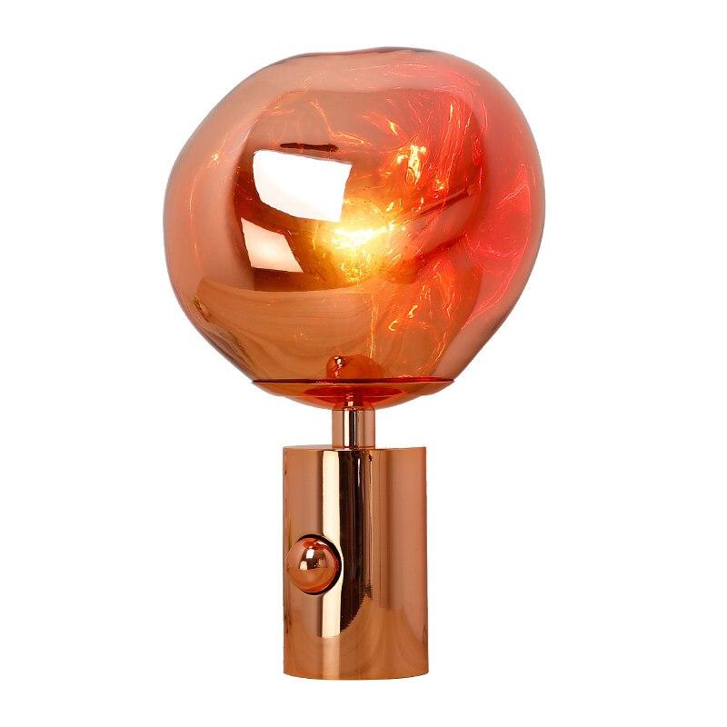 Poste moderne modèle de lave lampe de bureau moderne simple chevet éclairage lampe plaqué lampe corps PVC ombre bar à vin décoration bureau lumière