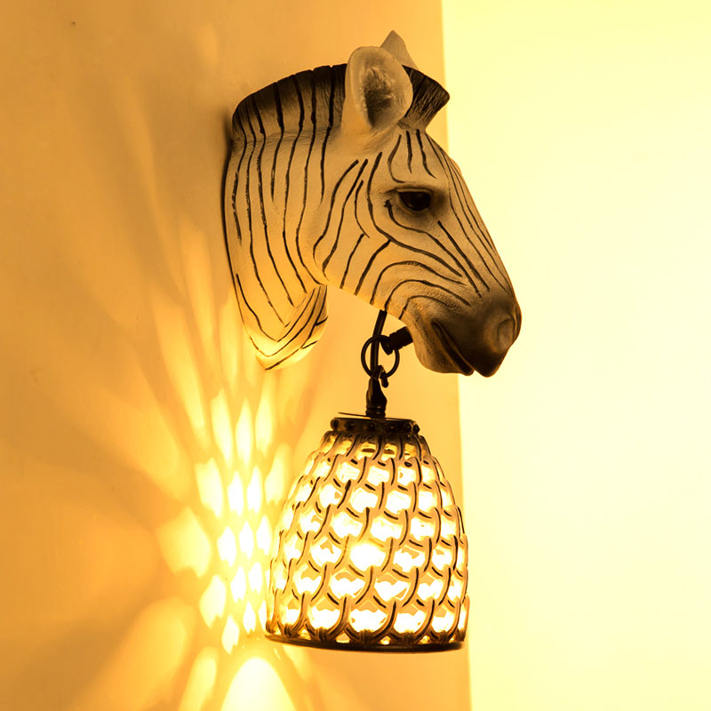 Современный минималистский спальня прикроватный светильник Настенный светильник Nordic детская комната Зебра Лошадь личность проход бра