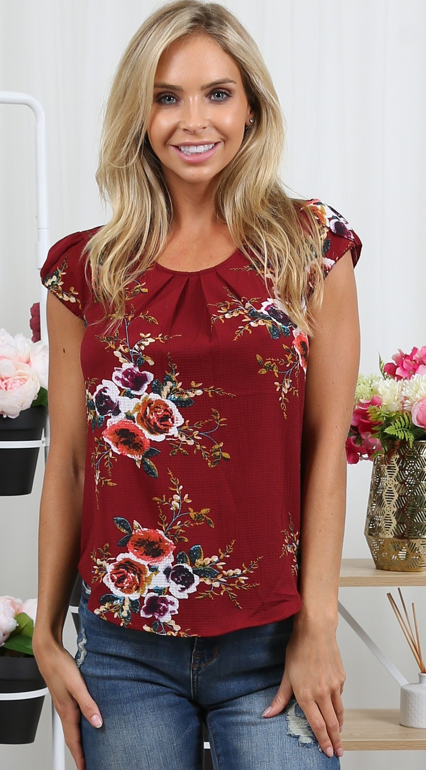 38e206f04c4e Summer Women Casual Tops Blouse 2018 Floral Chifon Short Sleeve Crew Neck  Floral Shirt Ladies Tee-in Blouses   Shirts from Women s Clothing on ...