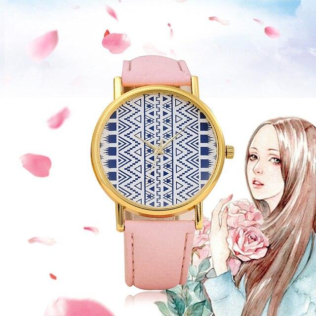 Venta caliente de la manera mujeres reloj banda de cuero reloj para mujer  vestido de cuero 7e809adfdea4