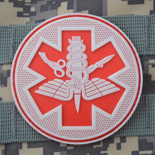 50 PCS/LOT TACTICAL MEDICAL Patch Tactical PVC Patches Rubber Combat Armband Badge Coyote Brwon Red Color