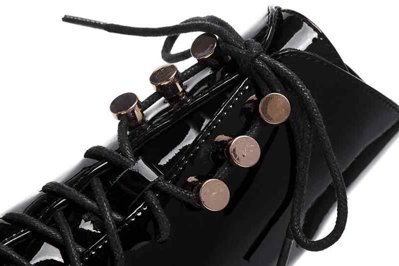 Krazing pot 2018 prawdziwej skóry med obcasy okrągłe toe buty motocyklowe superstar luksusowe nity metalowe wiązane na krzyż botki L1f2