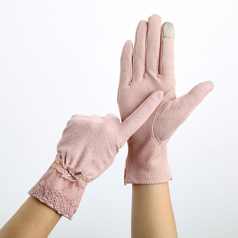 Women Sunscreen Gloves Spring Summer Lace Stretch Touch Screen Glove Anti-UV Wrist Short Slip Resistant Driving Glove Size 23cm
