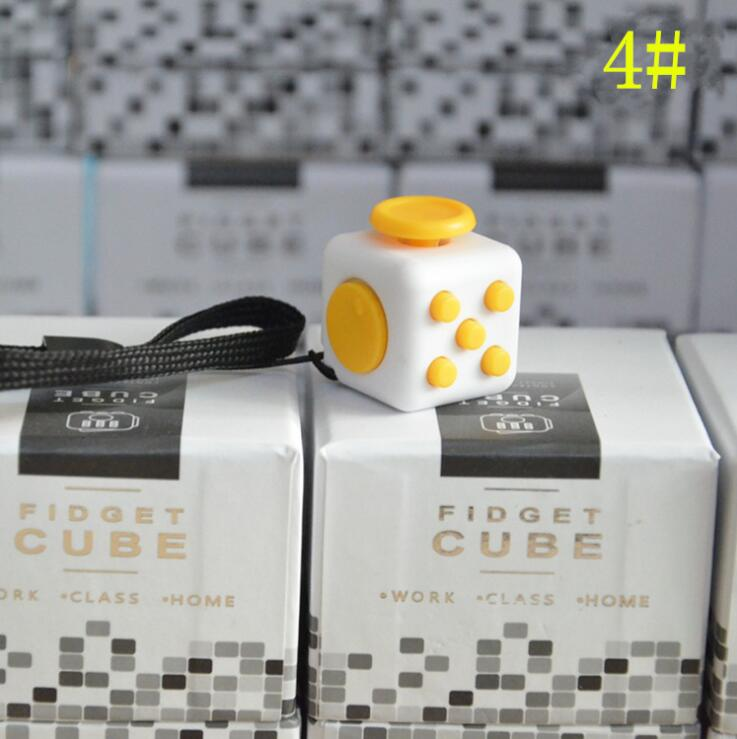 Mini Size 2.2*2.2 Fidgeted Cube Desk Spin Magic Cubes Stress Relief Desk Spin Toys Gifts For Children