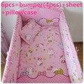 Promoción! 6 unids Hello Kitty de algodón cuna del lecho de la historieta recién nacido ropa de cama cuna, incluyen ( bumpers + hojas + almohada cubre )