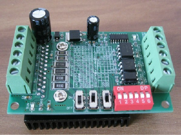все цены на Freeshipping stepping Motor drive stepper motor driver board TB6560 3A single-axiscontrol