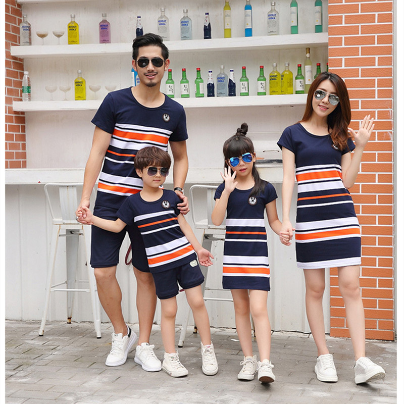 Household Matching Outfits 2018 summer season Vogue Striped T-shirt Outfits Mom And Daughter Clothes And Father Son Child Boy Woman Matching Household Outfits, Low-cost Matching Household Outfits, Household Matching...